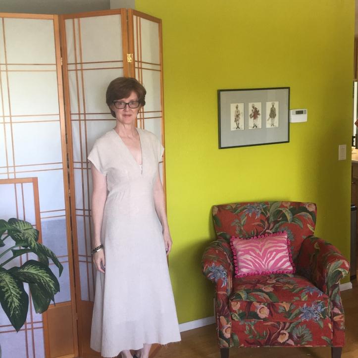 Lois Dress TEsstui